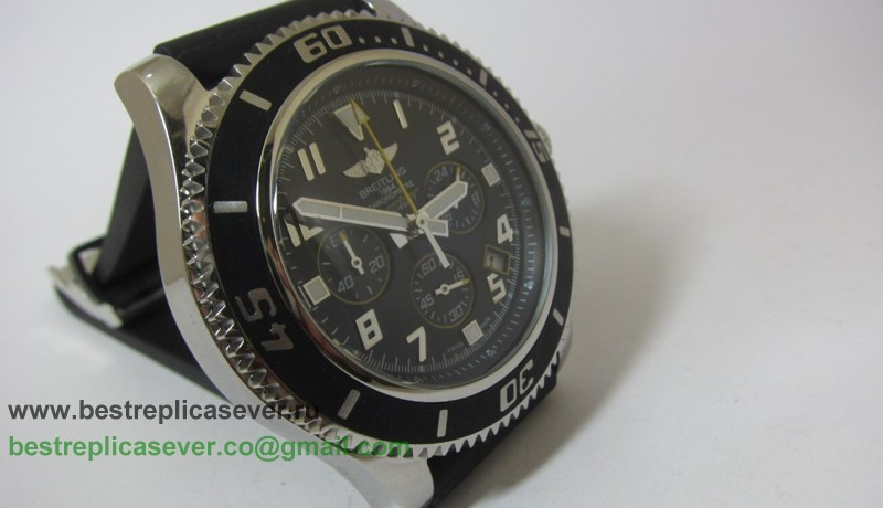 Breitling Super Ocean Working Chronograph BGG139