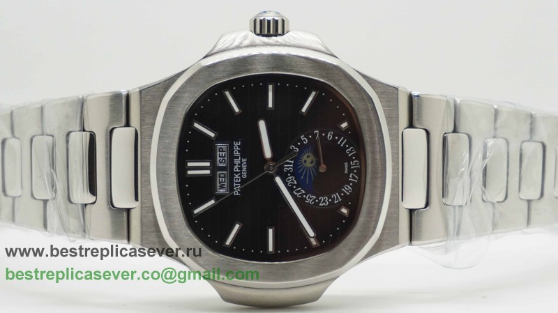 Patek Philippe Automatic Moonphase S/S PPG82